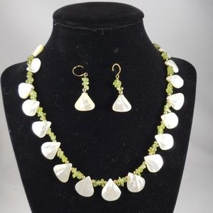 Mother of Pearl Green Crystal Necklace